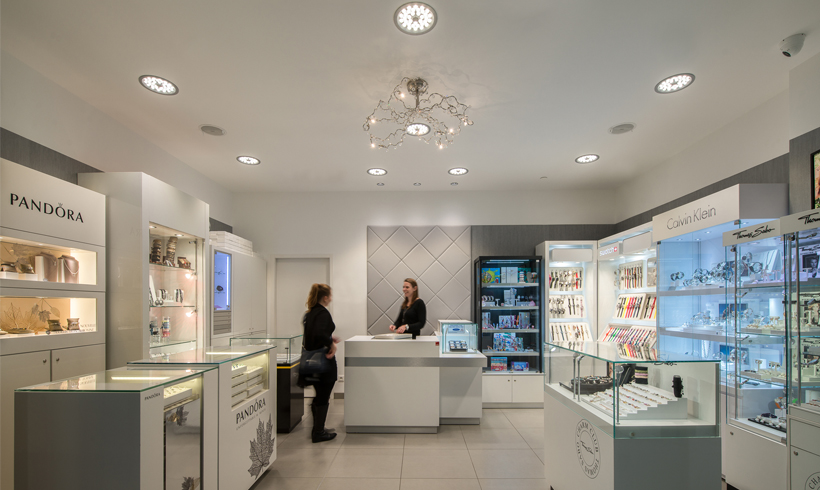 jewelry shop with D4 downlight ETAP